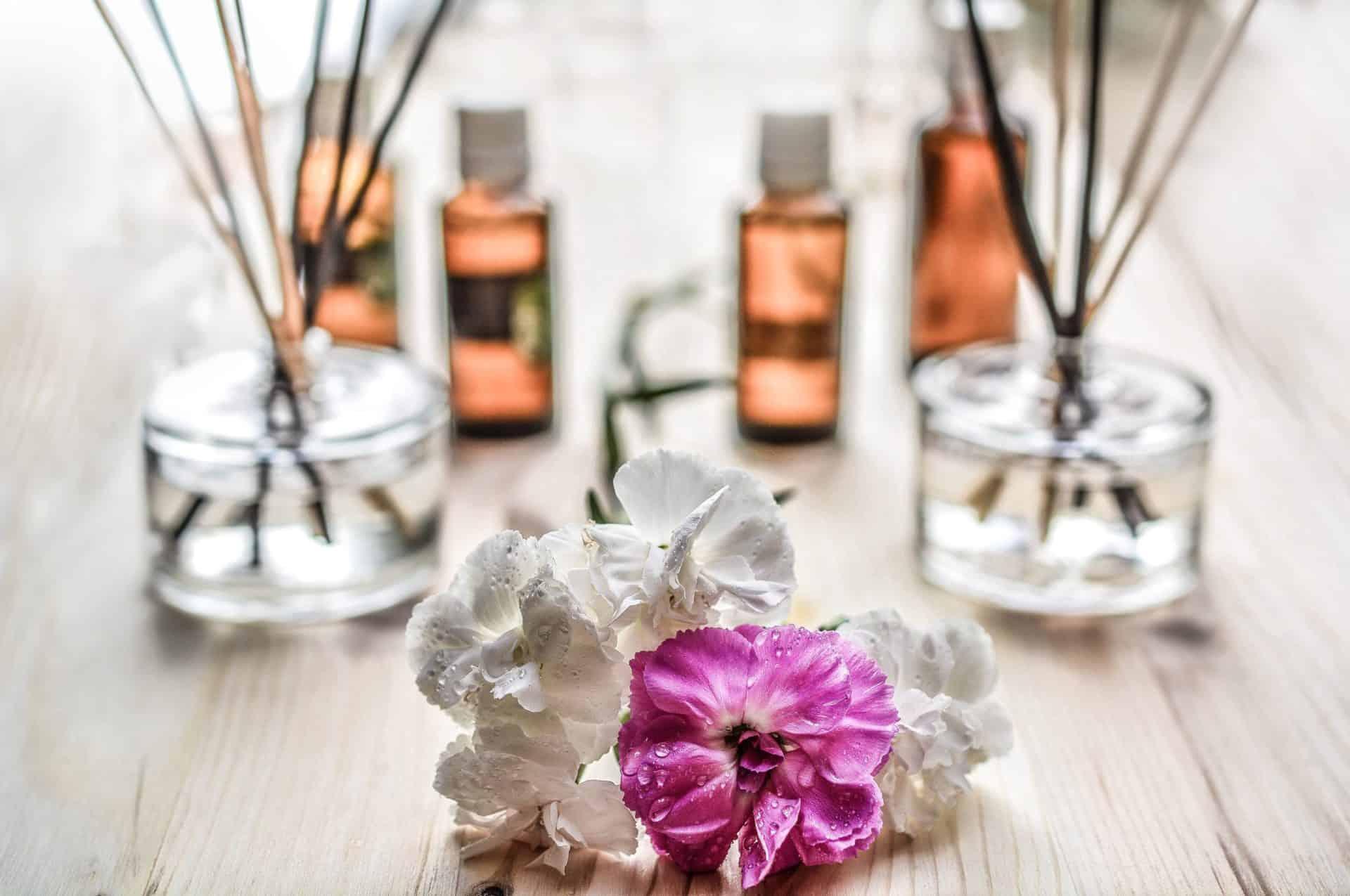 Ätherische Öle, Therapie- & Pflege- produkte