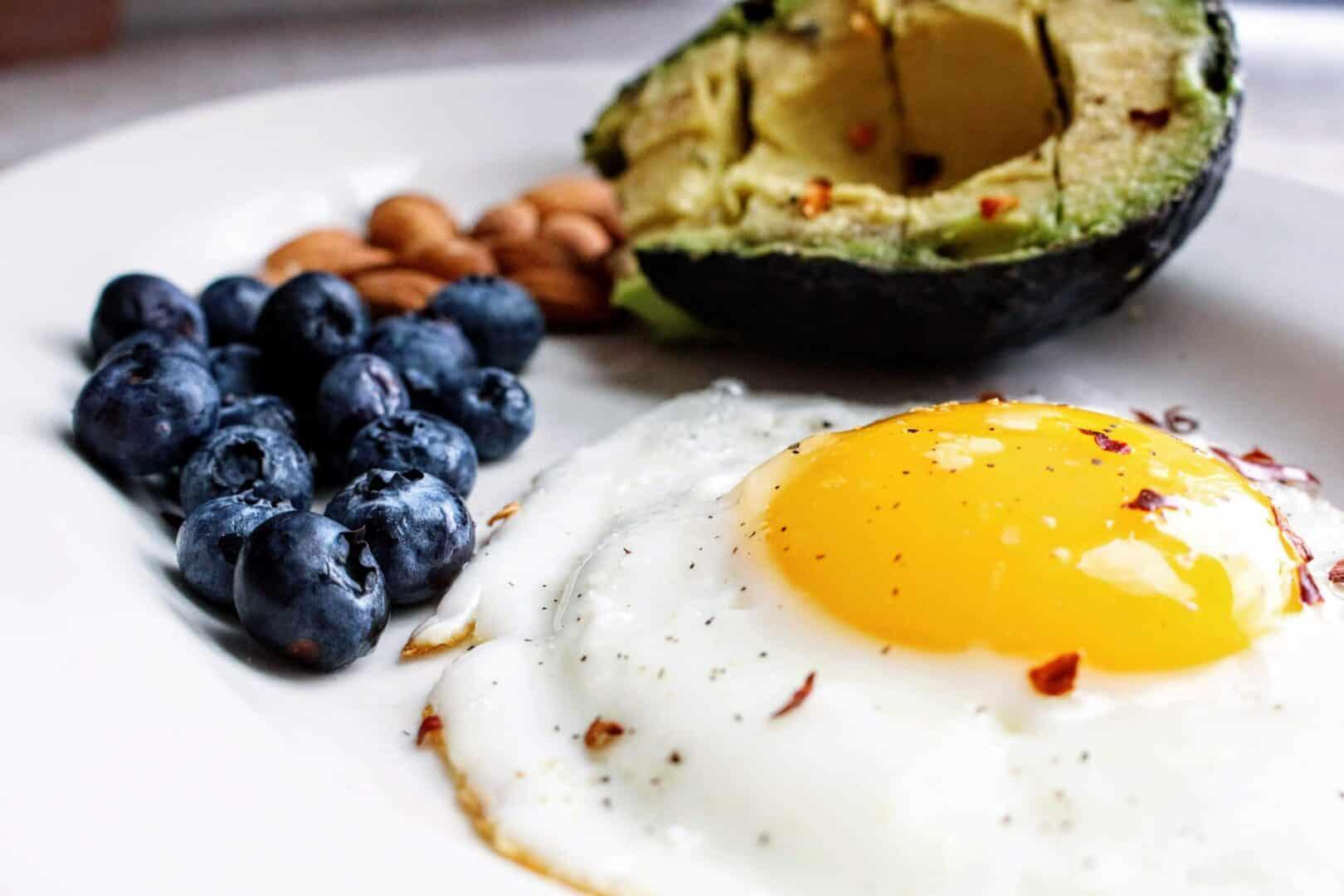 Eiweißreiche und ausgewogene Ernährung