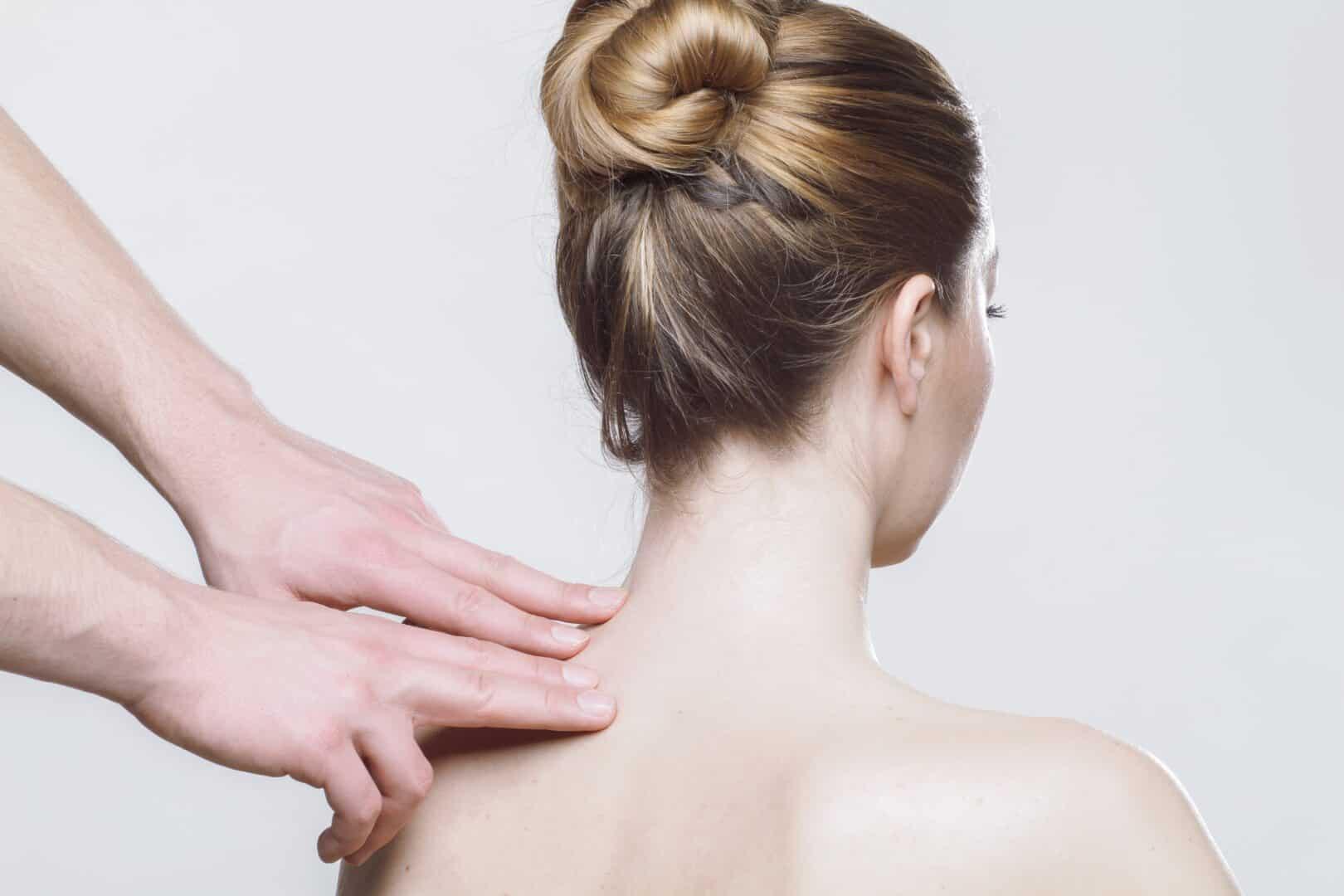 Schmerz- therapie bei Schulter- schmerzen